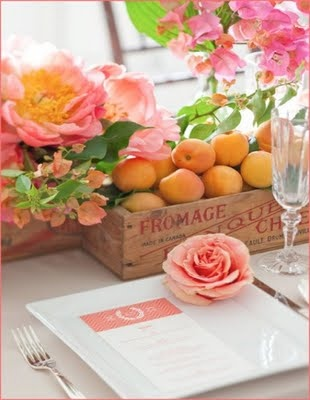 Using a fruitie theme for your wedding adds another botanical element.  Fruit and flowers go hand in hand.