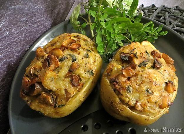 Pieczone ziemniaki nadziewane pieczarkami