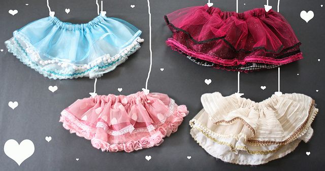 Want to attempt this tutorial, these are adorable. I especially love the pink one!