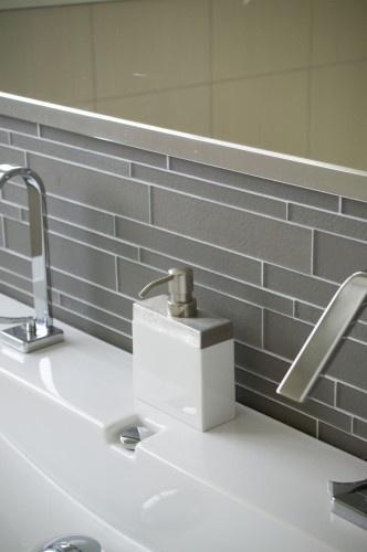 small bathroom back splash