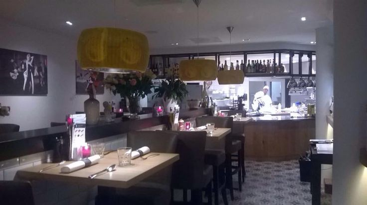 Our Parmesan Cheese Lamp DLX in a Italian restaurant