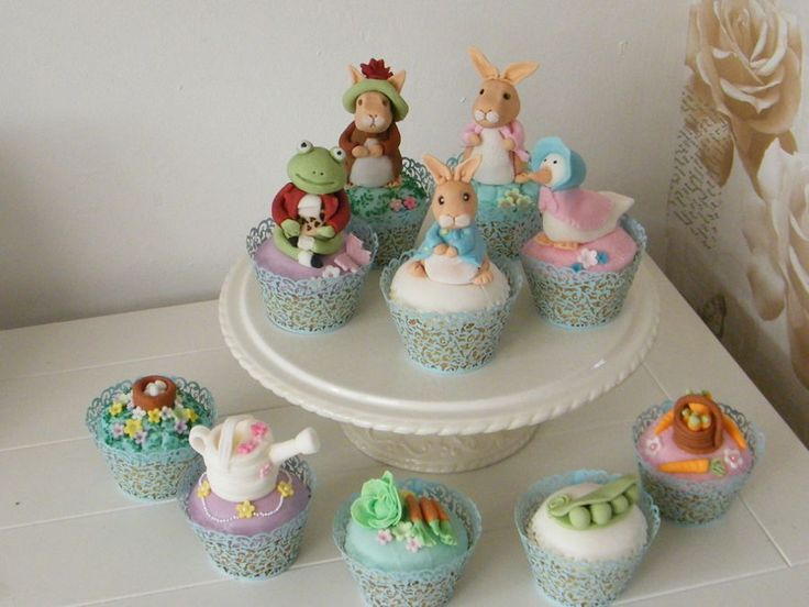Peter Rabbit & Friends  on Cake Central