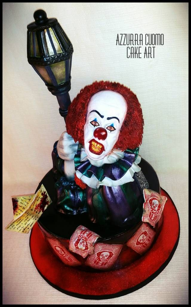 """From the movie """"IT"""": Pennywise the dancing clown! - cake by Azzurra Cuomo Cake Art - CakesDecor"""