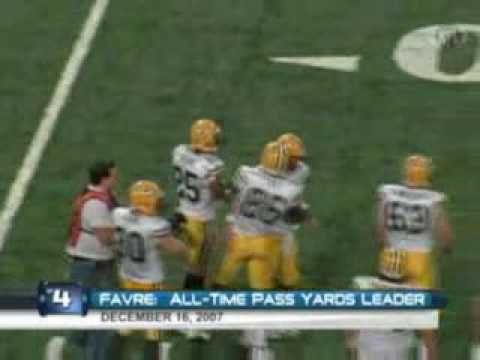 Brett Favre's Top 10 Career Moments - YouTube