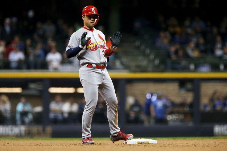Cardinals trade Aledmys Diaz to Blue Jays