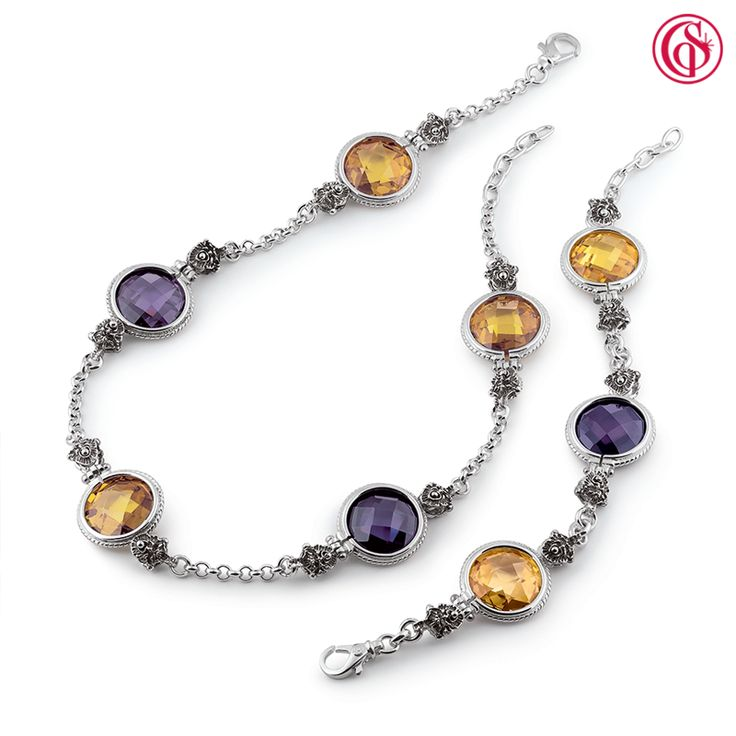#IrideLe pietre colorate possono rendere più glam anche gli outfit più anonimi. Collane o bracciale, qual é il tipo di gioiello che fa per te? Scopri i #Gioielli #Iride #GerardoSacco ➡ vai.su/iride
