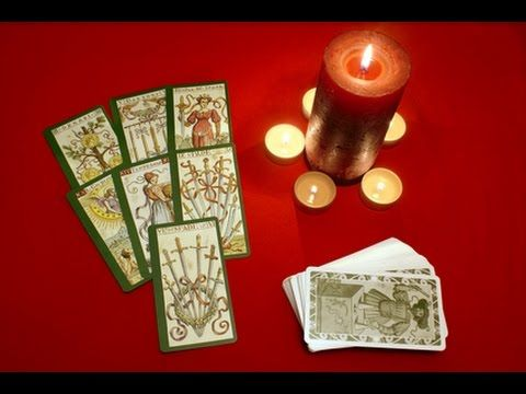 Inverted tarot cards. The meaning and interpretation of the inverted tar...