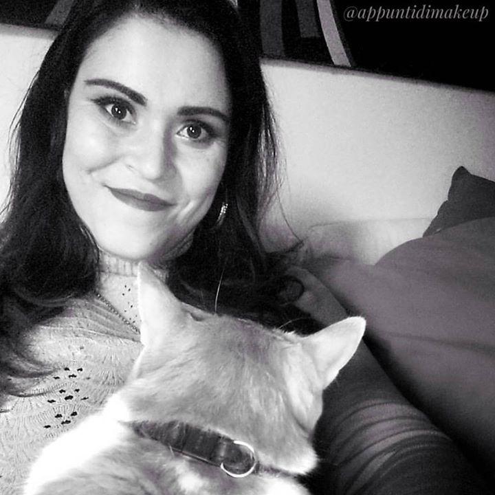 Finalmente relax  #Jones #gatto #rosso #cat #baffi #catstagram #catsofinstagram #appuntidimakeup #igers #igersitalia #ibblogger #bblogger #igersroma #love #picoftheday #photooftheday #amazing #smile #instadaily #followme #instacool #instagood http://ift.tt/1TFKZ3u