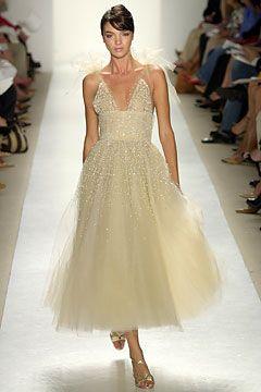Oscar de la Renta 2004: Oscars De La Renta 2004, Renta Spring, Spring 2004, Dresses Design, Oscars Spring, Prom Dresses, Fashion Runway, Oscardelarenta Circa, Renta Dresses
