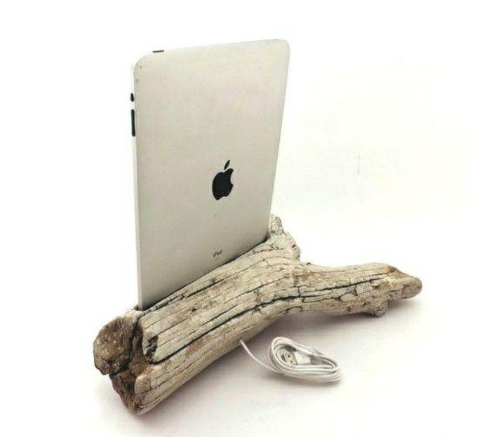 treibholz basteln weisser tablet ast kabel diy idee gestell