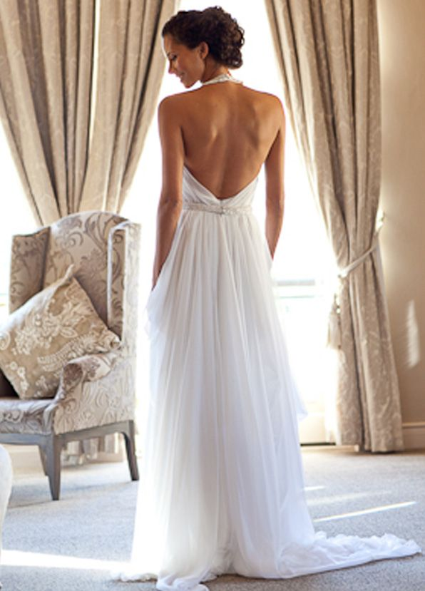 Our couture Bridal Range, Les Ephémères, embodies our ethos, for your special day.