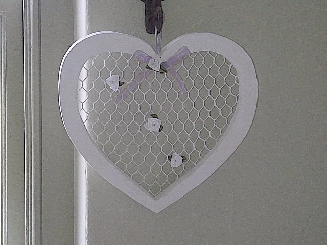 Mesh hearts with flowers