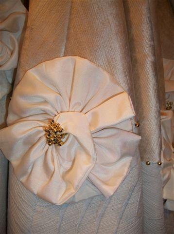Christmas tree skirt idea