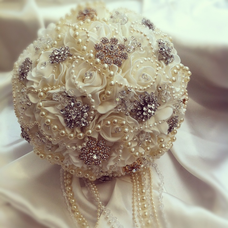 how to make cascading pearl bouquet