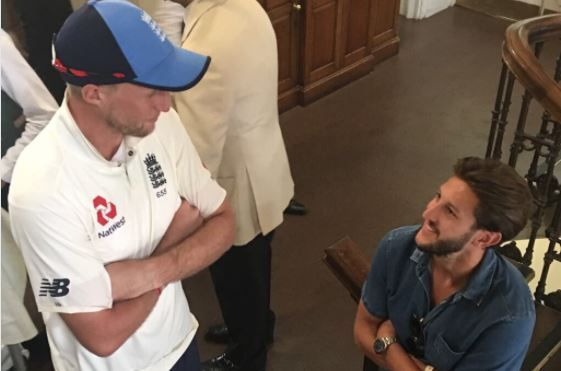 Liverpool's Adam Lallana meets England cricketers Joe Root, Moeen Ali