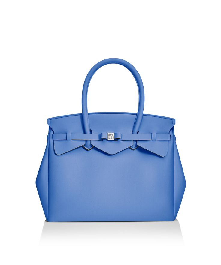 Our iconic tote just got bigger! The Miss 3/4 is the roomier version of our iconic tote. Perfect for women who never have enough room! Light, versatile and available in 30 colours.  Size  395 x 340 x 190 mm  510g  Made in Italy  Vegan Friendly  Made from Poly-Lycra Fabric   Sapphire Blue