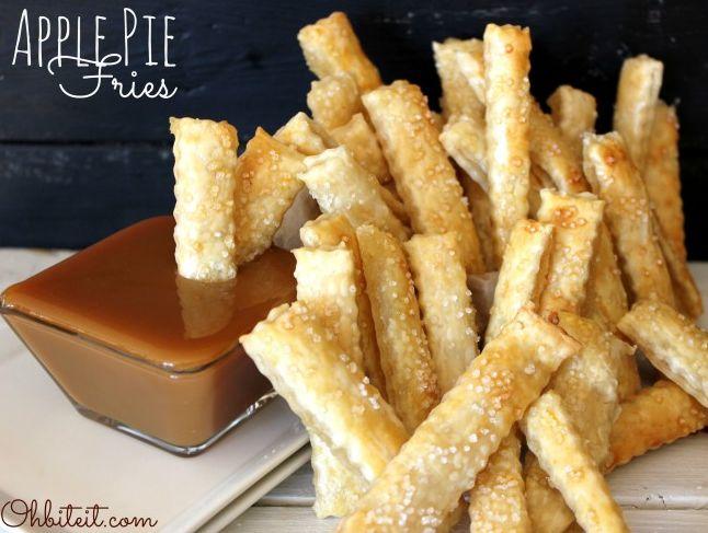 Originální jednoduchý dezert – jablečné hranolky s karamelovým dipem