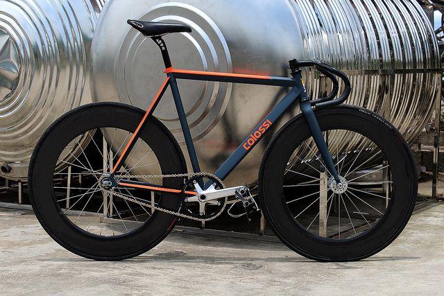 Colossi - Rambler Pursuit. Those colors.