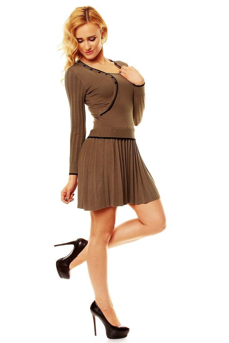 Dark brown dress wool 45% polyamid 25% kashmir 20% elastan 10%  #fashioneda