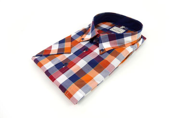 Koszula Haupt w kratkę w żywe kolory takie jak: biały, pomarańczowy, biały, czerwony. Posiada również małą kieszonkę z przodu. Na wiosnę do jeansów lub spodni materiałowych. Skład: 100% bawełna.