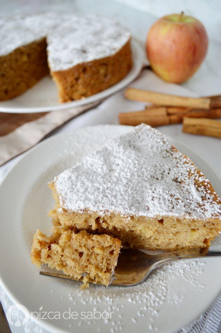 Te comparto mi receta fácil para preparar un pastel de manzana en licuadora. Queda delicioso y se prepara muy rápido, te va a encantar su sabor!