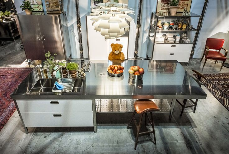 Alpes Inox - CUCINA CONVIVIO – STAINLESS STEEL TOP 125X310 - Kitchen island unit with large snack bar unit all in one.