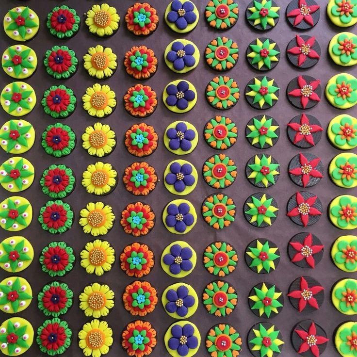 Raksha Bandhan & Rakhi Cupcakes