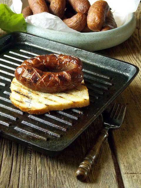 Gotowanie jest łatwe: Kiełbasa grillowa lub na ognisko