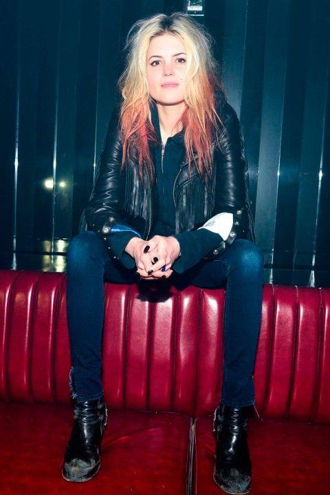 Alison Mosshart dip-dye hairstyle