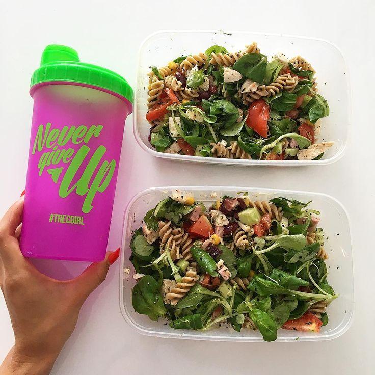Pyszny, lekki obiad. Idealny po treningu!    #healthylifestyle #foodporn #zdrowo #fitness #foodisfuel #czystamicha #dieta #fitgirl #bodybuilding #fitness #motivation #sugarfree #nosugar #photooftheday #video #niedziela #foodinspiration #polishgirl #trecgirl #przepis #przepisy #recipe #desery #dietetyczneprzepisy #fitprzepisy #przepisydietetyczne #diet  @trecnutrition
