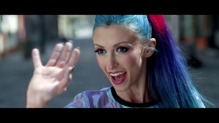 Andreea Balan Zizi (Official Music Video)