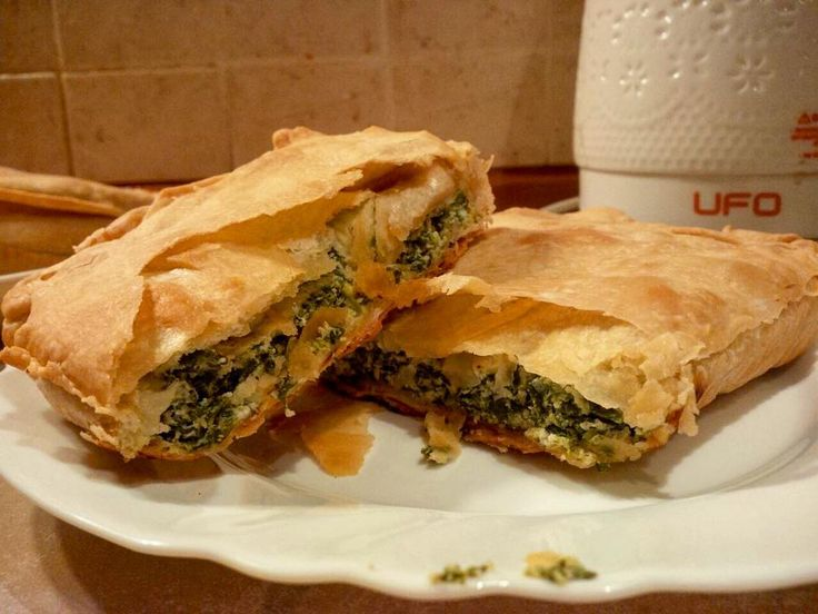 My first #spanakopita ������ Tradicional greek phyllo pastry is a real quest ���� Well done ✅! #greekcuisine #phyllo #phyllopastry #спанакопита #греческаякухня #тестофило #тестофилотребуетстальныхнервов #spinachpie http://w3food.com/ipost/1514752170897345223/?code=BUFexLtForH