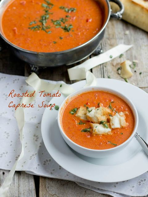 "Roasted Tomato Basil Soup with Mini Grilled Cheese ""Croutons"" 