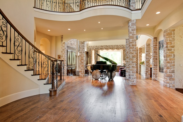 Walking into a home to see a baby grand piano is a great sight!