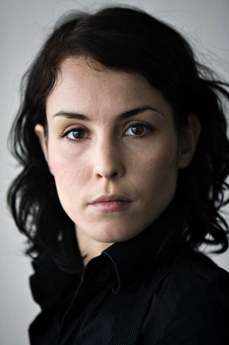 Are girl with dragon tattoo noomi rapace