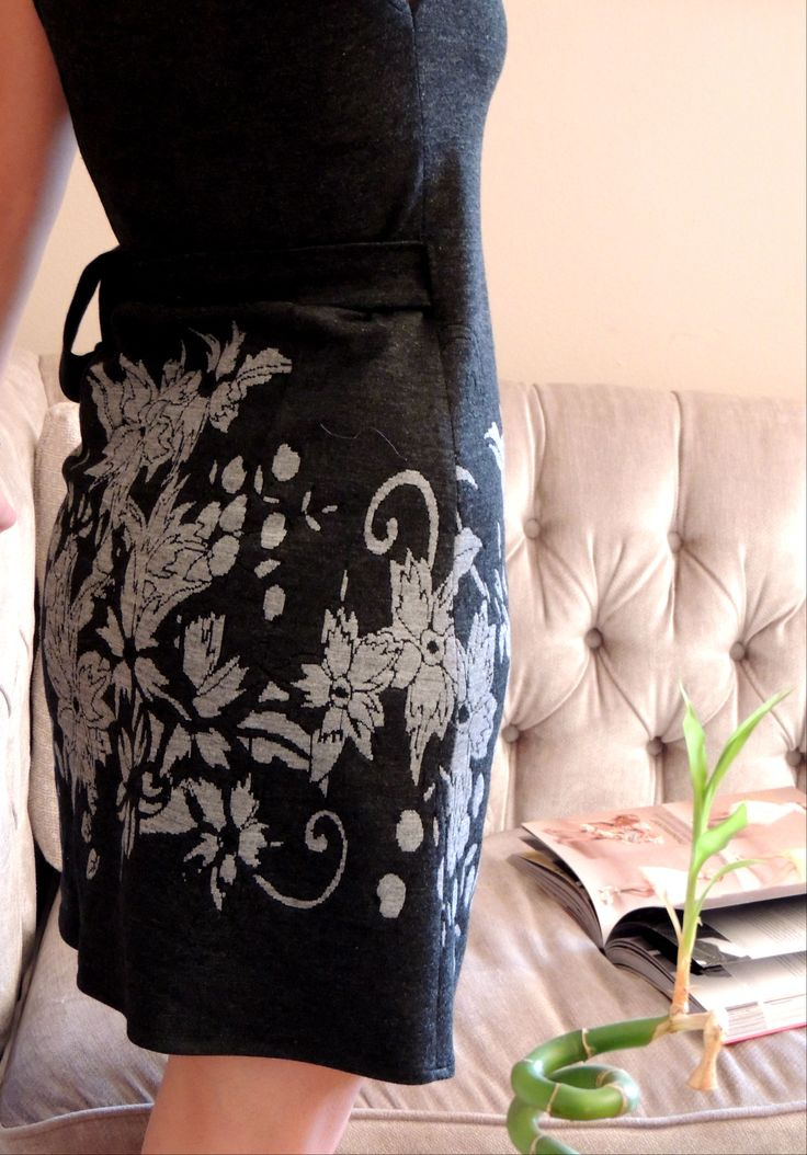 flowers grey dress detail