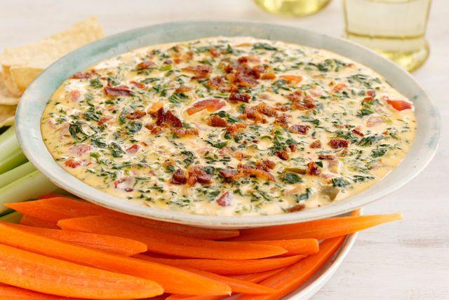 Trempette au fromage, aux épinards et au bacon