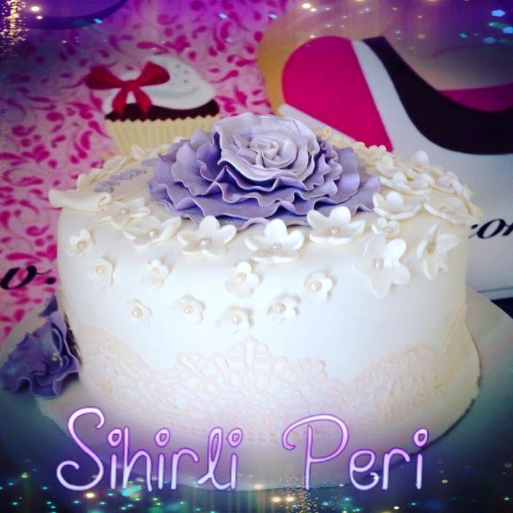 Butik pasta. Cake. Birthday cake doğum günü pastası flowers cake