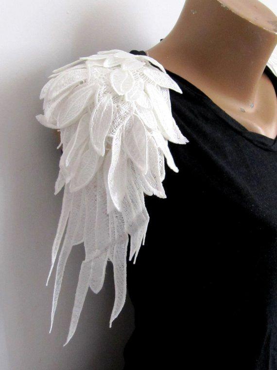 c425ce930f2 3DEpaulet Leaf Epaulet Wings Lace Epaulet White Shoulder Pad 2PCS.White  Epaulet Shoulder Lace Pads