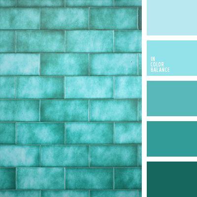 Яркая, броская цветовая гамма в холодных тонах. Освежающая и бодрящая, как ледяной душ. Сочетание светлых и темных красок смотрится очень гармонично.  Бирюзовый, кобальтовый, ярко-синий, темно-синий – выразительные, наполненные цвета. Светло-серый разбавляет палитру и вносит спокойствие и нейтральность. Композиция хорошая для интерьеров ванной комнаты, гостиной, спальни.
