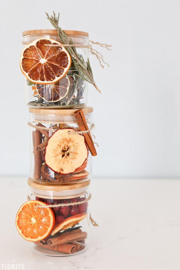 Homemade - Dried - Shelf Stable - Holiday Potpourri! 3 varieties you can make for a beautiful DIY Christmas gift idea. #camitidbits #potpourri #stovetoppotpourri #christmasgifts #holidaygifts #giftidea #driedfruit