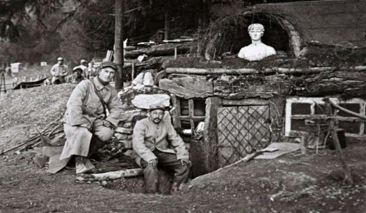 Trinceescavate per trasformarle in case. Le dimensioni variavano molto e qualche volta potevano ospitare più di dieci uomini. Un manuale pubblicato dal British Army raccomanda che i rifugi fossero…
