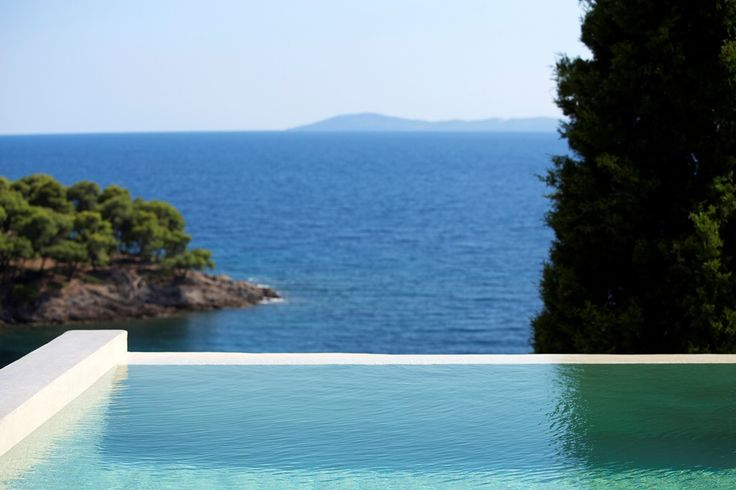 Dreaming of your summer vacation?  Live the dream at Villa Kalyva Mare! http://villakalyvamare.reserve-online.net/   #PortoCarras #VillaKalyvaMare #KalyvaMare #Halkidiki #Sithonia #visitgreece #visithalkidiki #seaview #superbview #naturelover #naturecolours #blue #green #Greece #traveltogreece