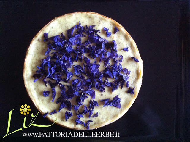FATTORIA DELLE ERBE: CHEESECAKE CON LAVANDA E MALVA - #edibleflowers #fiorieduli #mallow #lavandel #malva #lavanda #cheesecake