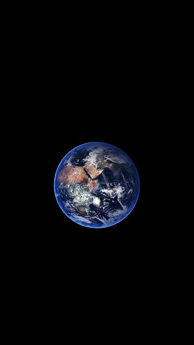 Earth Minimal Small Nature Art Space Dark Dark Space Earth Simple Art Planet Nature In 2021 Iphone Wallpaper Earth Wallpaper Earth Iphone Wallpaper Planets