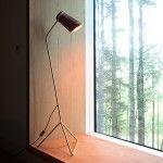 Strand lamp - Clancy Moore Architects  125 cm x 35 cm (abat jour cuivre / tube laiton)