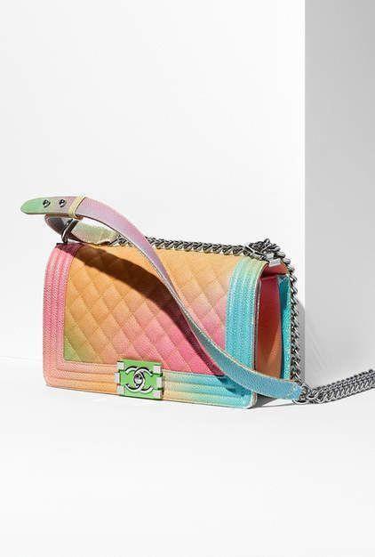 1e7125805fa712 Cruise 2016/17 - tweed-multicolor & beige #Chanelhandbags #Burberryhandbags