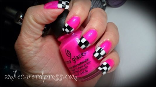 """Checkered flag nails-- for all you NASCAR """"fans"""""""