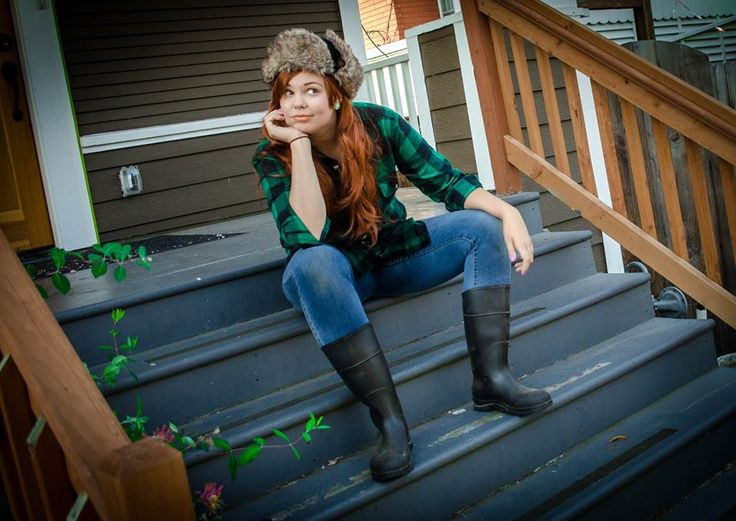 Wendy from Gravity Falls, as done by Chelsea Ann. Portland, OR.  Easiest costume ever. :)  Gravity Falls Costumes.... @Gravity Falls Costume. #GravityFalls  #WendyGravityFalls  #Wendy #GravityFallsCosplay