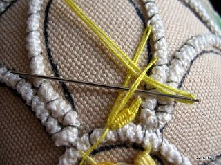 Romanian Point Lace ~ photo tutorial {MACRAME' RUMENO - POINT LACE: NUOVO PETALO}